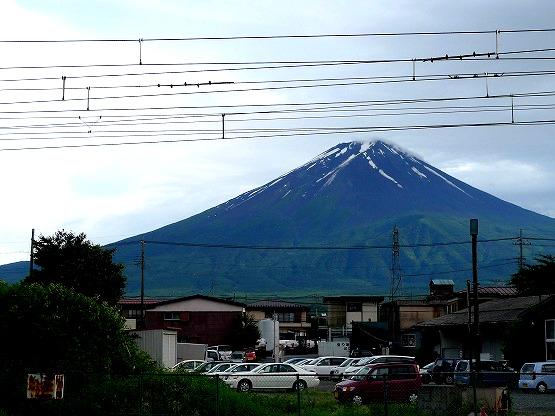 河口湖 駅前 富士山