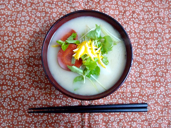 四国・香川のあんこ餅のはいったお雑煮