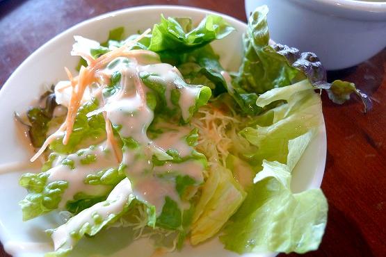 横浜ベイクォーター ハワイ料理「アロハテーブル(AlohaTable)」ランチのサラダ