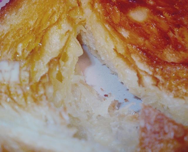 【牛乳パン】成田ゆめ牧場「過激な牛乳食パン」水のかわりに牧場のこだわり牛乳を使った食パン