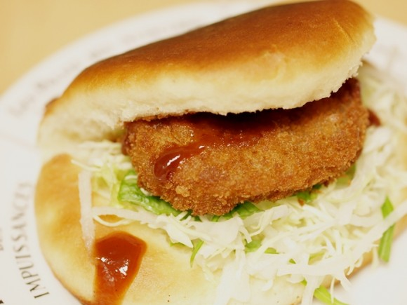 9月22日ラブラブサンドの日@旭屋牛肉店のコロッケサンド