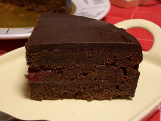 2008年のクリスマスケーキ、オイシックスのトリエスメリーキャラメルマロンケーキに決定。