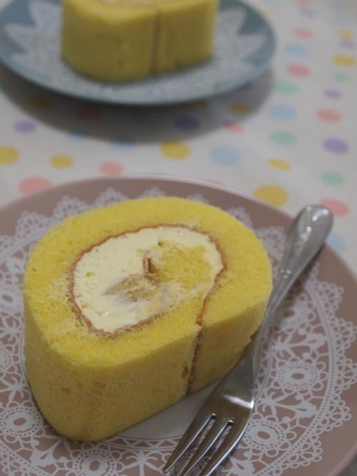 蜜芋はそのままでもスイーツなのに、ロールケーキになっちゃったらさらに感動でした。蜜芋ロールケーキ♪