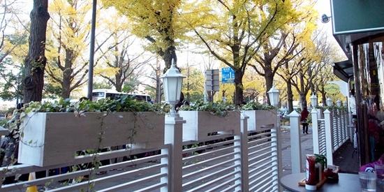 横浜 パンケーキEggs'nThings(エッグスンシングス)でホイップたっぷりパンケーキ