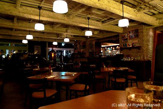 【移転】横浜みなとみらいBubby's横浜(バビーズ)でハンバーガーとバターミルクのフライドチキン