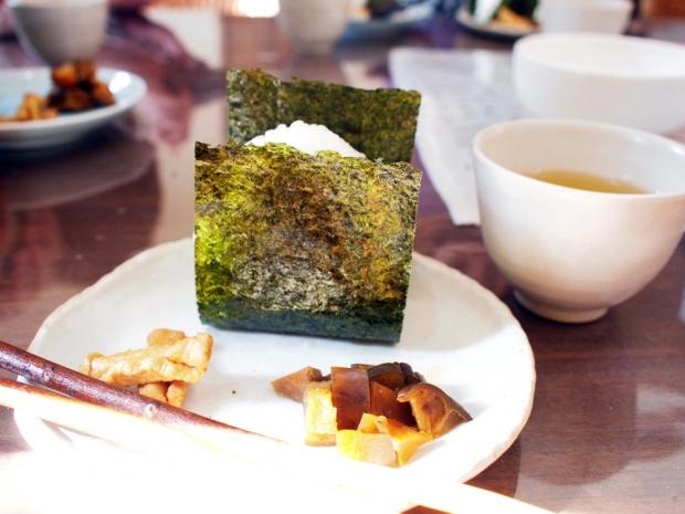 1月17日おむすびの日@新潟の郷土食「かぐら南蛮味噌」のおむすび