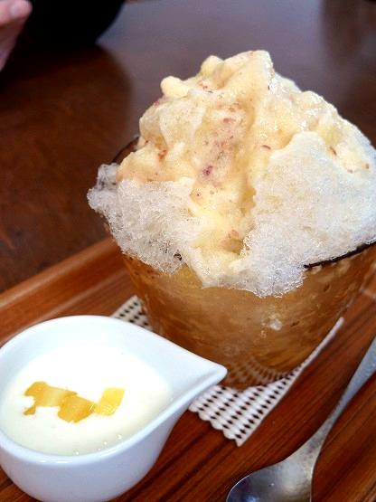 今年最初の埜庵のかき氷「りんご氷」と「恵抹茶ミルク」