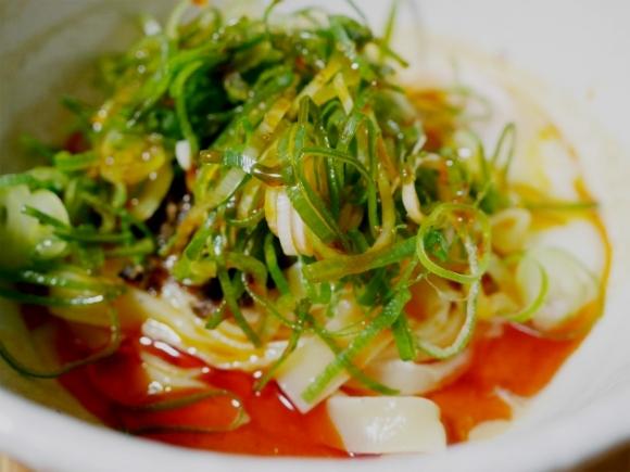 辛い!でもクセになる汁なし坦々麺 名古屋の「チャイニーズビストロ 竜竹 ドラゴンバンブー」からのお取り寄せ
