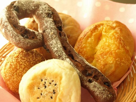 【品川・パン屋さん】エキナカecute品川のパン屋さん「小麦と酵母 満 」
