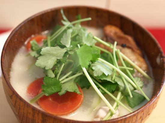 香川のお雑煮風、あんこ餅入りのお雑煮(白味噌)
